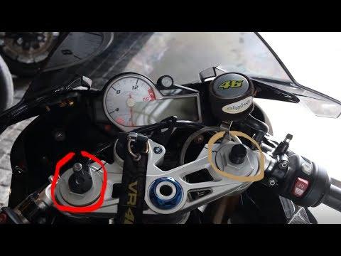 ทำไม BMW S1000RR HP4 ถึงมีปลั๊กโช๊คไฟฟ้าเข้าแค่ข้างเดียว
