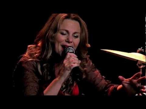 Vidéo Dolly Vanden chante Boris Vian - Théâtre de Deauville