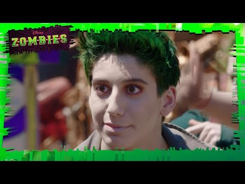 Zombies - My Year| MUSIC VIDEO | Disney Channel Italia