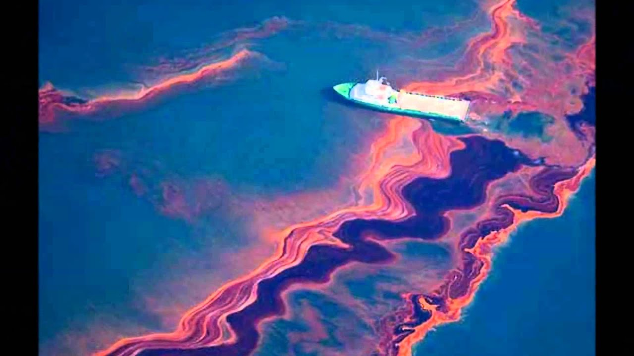 Water Pollution and Oil Spills - YouTube