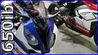 Video Ducati V4 Speciale vs 2018 S1000RR on RACING FUEL | SMACKDOWN!!! download MP3, 3GP, MP4, WEBM, AVI, FLV Juni 2018