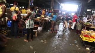 Côte d'Ivoire Abidjan Grand marché / Ivory Coast Abidjan Big market