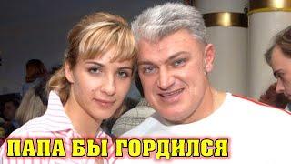 11 лет без отца! Дочь Владимира Турчинского выросла настоящей красавицей и работает моделью