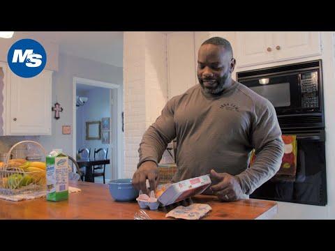 What Bodybuilders Eat for Breakfast | Johnnie O. Jackson's Hearty Breakfast