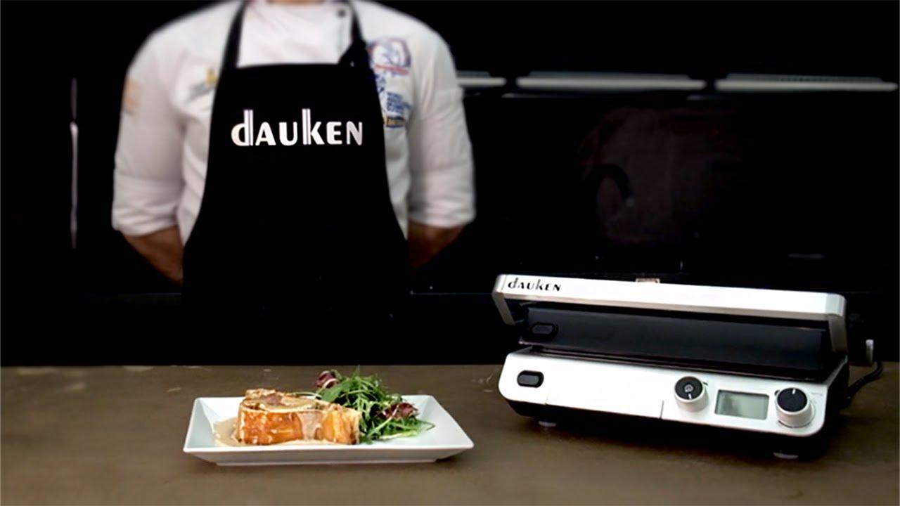 Готовим мясной рулет в виде стейка Веллингтон | Мясорубка Dauken FW2640 | Гриль Dauken XG2500