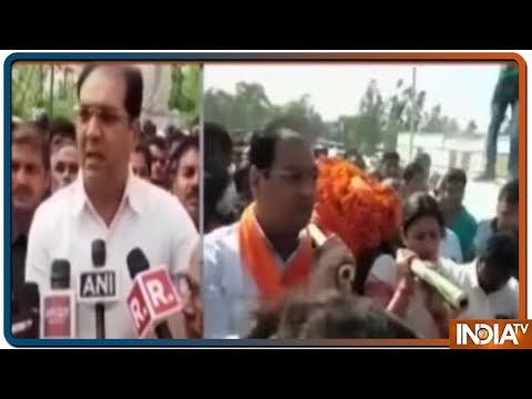 Surendra Singh की अंतिम यात्रा में मौजूद थे U.P Minister Mohsin Raza