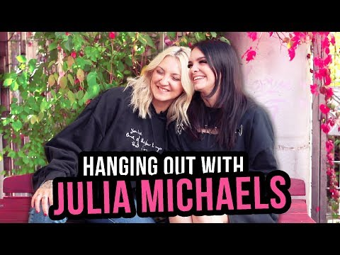 tattoos,-touring-&-songwriting-with-julia-michaels!-💕