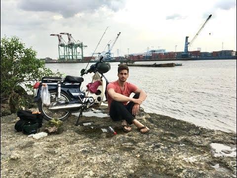 Fishing the Saigon River (Ho Chi Minh City, Vietnam)/ Câu Cá ở Sông Sài Gòn