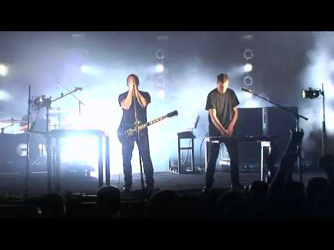 30. Nine Inch Nails - Piggy (Nothing Can Stop Me Now version) : [ after all is said and done ] mp3