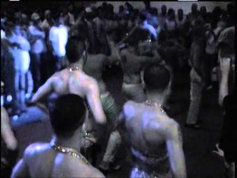 DJ Sedrick's b'more club/housemusic beats Vs the hip-hop room in Houston, Texas