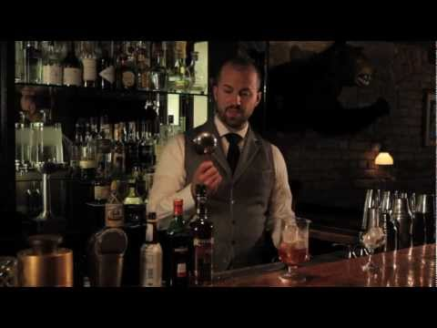 How to Strain a Mint Julep - Speakeasy Cocktails