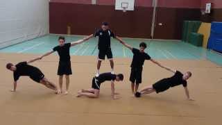 Uni Paderborn: Akrobatik Prüfung, WS 13/14