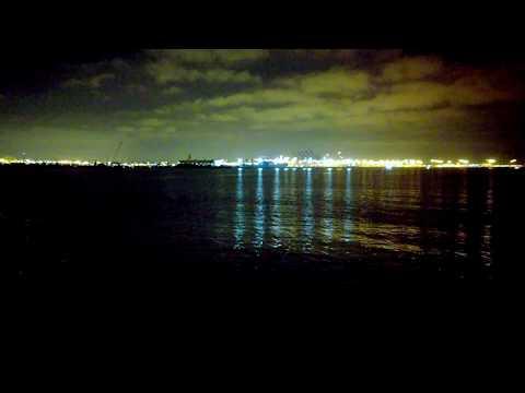 { 4K } San Pedro Grunion - Long Beach Port , beautiful night