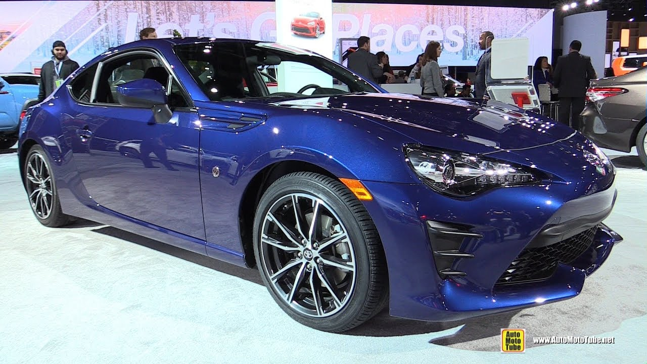 2017 Toyota 86 Exterior And Interior Walkaround 2018 Detroit Auto Show