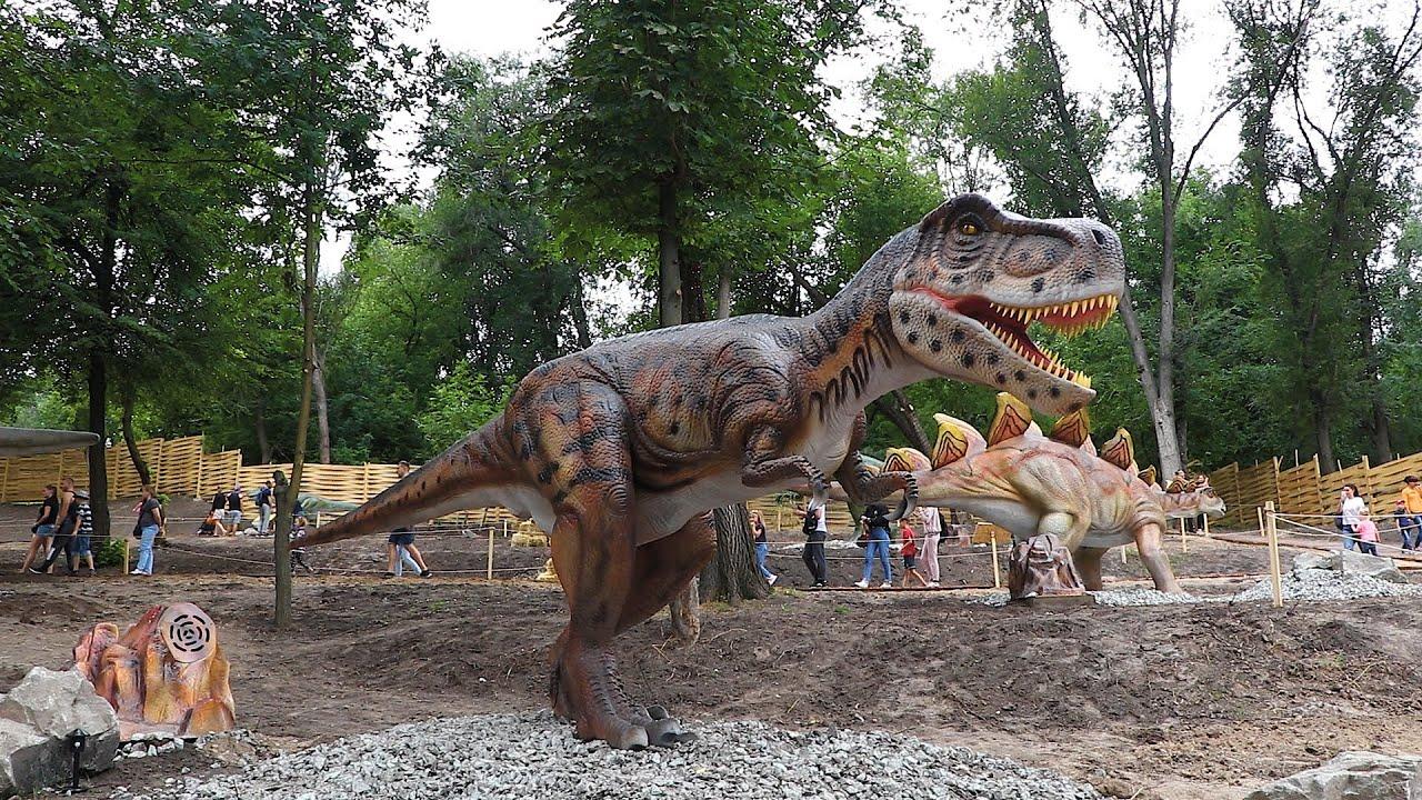 Как выглядят динозавры в Парке динозавров в Днепре?
