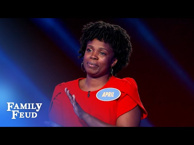 The Youngs are playing for $20,000! | Family Feud