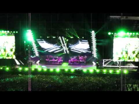 Eminem - Square Dance & Business (Eminem X Rihanna The Monster Tour)