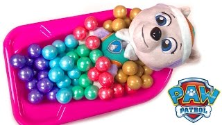Best Learning Colors Video for Children  - Paw Patrol Everest Takes Candy Gumball Bath Bath Tub