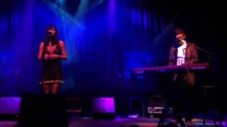 Aqualung & Lucy Schwartz - Cold Live
