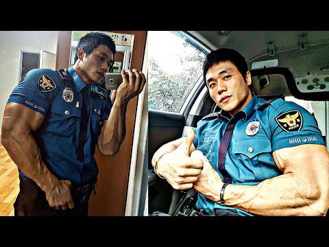 BIGGEST KOREAN POLICE BODYBUILDER!!