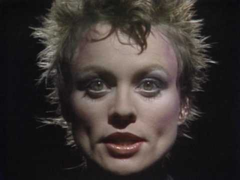 Laurie Anderson O Superman Official Music Video Youtube
