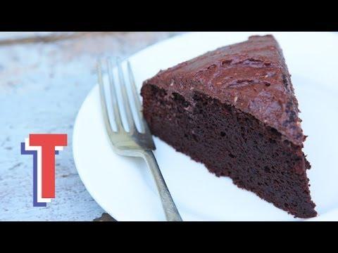 Healthy Chocolate Cake: Sweet Treats 2