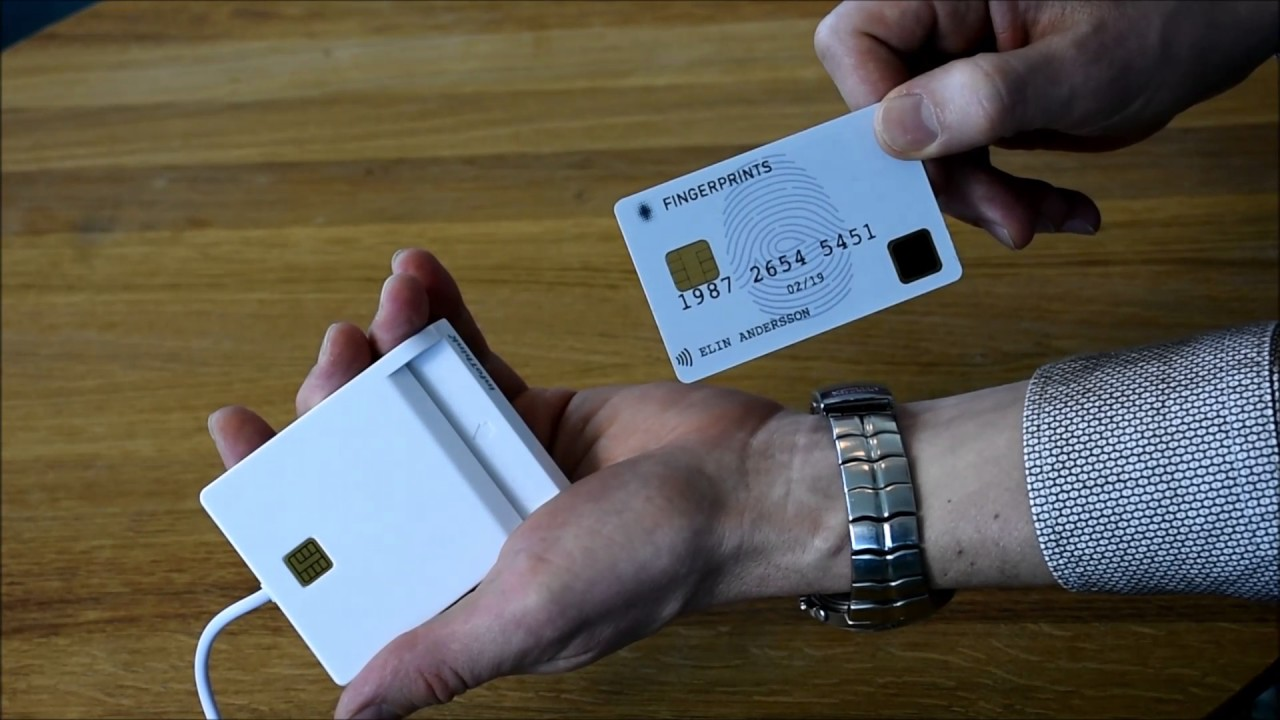 What is a smart card