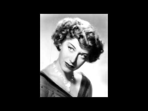 """Regina Resnik sings """"Mon coeur s'ouvre a ta voix"""" (Saint-Saëns: Samson et Dalila)"""
