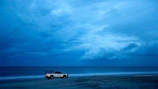 Hurricane Florence pounds the North Carolina, South Carolina coastline