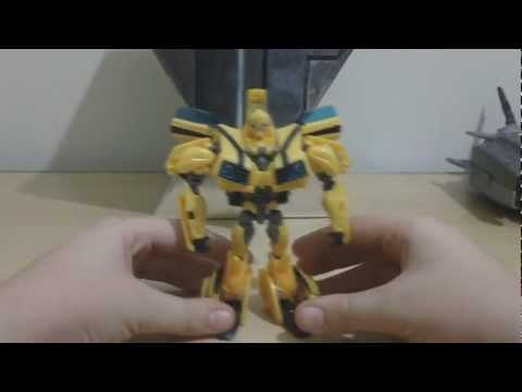 Transformers prime RID (robots in disguise) deluxe bumblebee em portugues