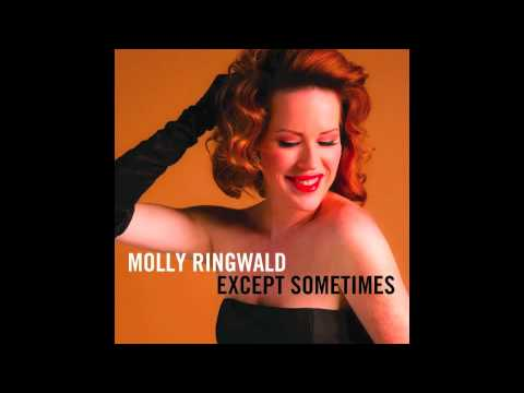 Molly Ringwald Covers 'Don't You (Forget About Me)' And Sounds Awesome Doing It