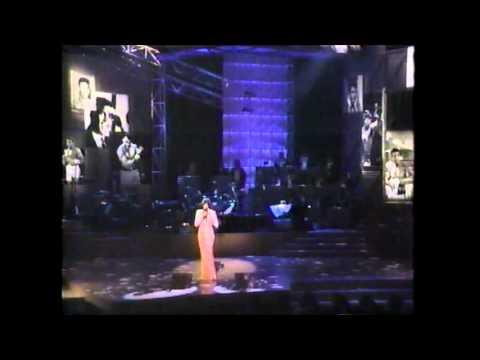 Whitney Houston singing happy birthday to The Greatest Muhammad Ali
