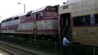 MBTA Commuter Rail breakdown - Dedham - 06-16-2010