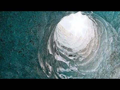 Evidence Supporting the Hollow Earth Theory