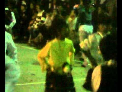 Mishary bailando en el colegio CARDENAL RAUL SILVA...