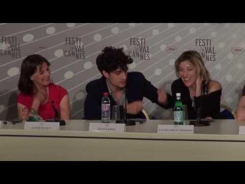 Conférence de Presse : Un château en Italie