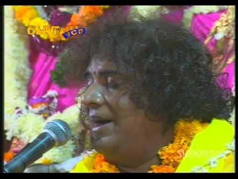 Jal Mein Thal Mein - Ek Shaam Bihari Ke Naam - Hindi Devotional Songs