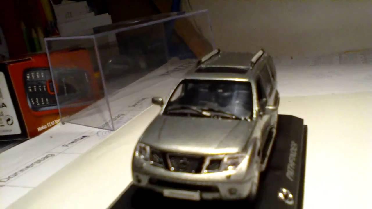 Nissan Pathfinder 143 Modell