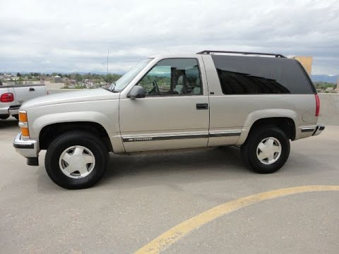 1999 chevrolet 2 door tahoe lt 4x4 great looking truck for sale youtube. Black Bedroom Furniture Sets. Home Design Ideas
