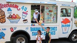 Kids Buy Ice Cream from the Ice Cream Truck! family fun video 3