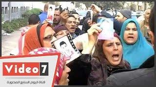 أهالى المهاجرين غير الشرعيين ينقلون وقفتهم الاحتجاجية من أمام النواب إلى الوزراء