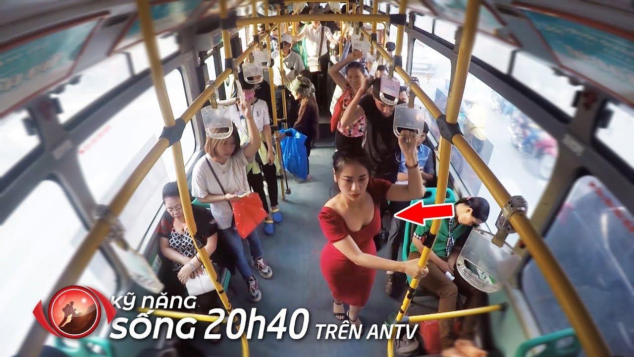 Rùng mình NGƯỜI ĐẸP ĐỨNG CẠNH BIẾN THÁI trên xe buýt   Kỹ năng sống 2019