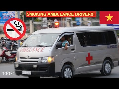 *Lights, Siren, CIGARETTE!!* Smoking Ambulance Driver in Ho Chi Minh City (Vietnam)