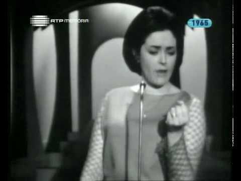 """19/4/2017 Previsió: Possibilitat d'algun ruixat fins al migdia. Descens notable de les temperatures amb un sol que ens acompanyarà la resta de setmana que semblarà d'hivern. Des de Rio de Janeiro, la nostra seguidora Yanela, en veure el títol del dia """"sol d'hivern"""" ens ha enviat fa uns minuts l'enllaç a aquest vídeo per al record. Es tracta de Simone de Oliveira, cantant i actriu de teatre i televisió portuguesa. Eren, com ella diu Yanela, altres temps, quan es valorava la veu dels artistes per sobre d'altres qualitats que ara depenen d'una audiència cada vegada menys exigent. Habitualment cantaven en rigorós directe, fins i tot a la ràdio."""