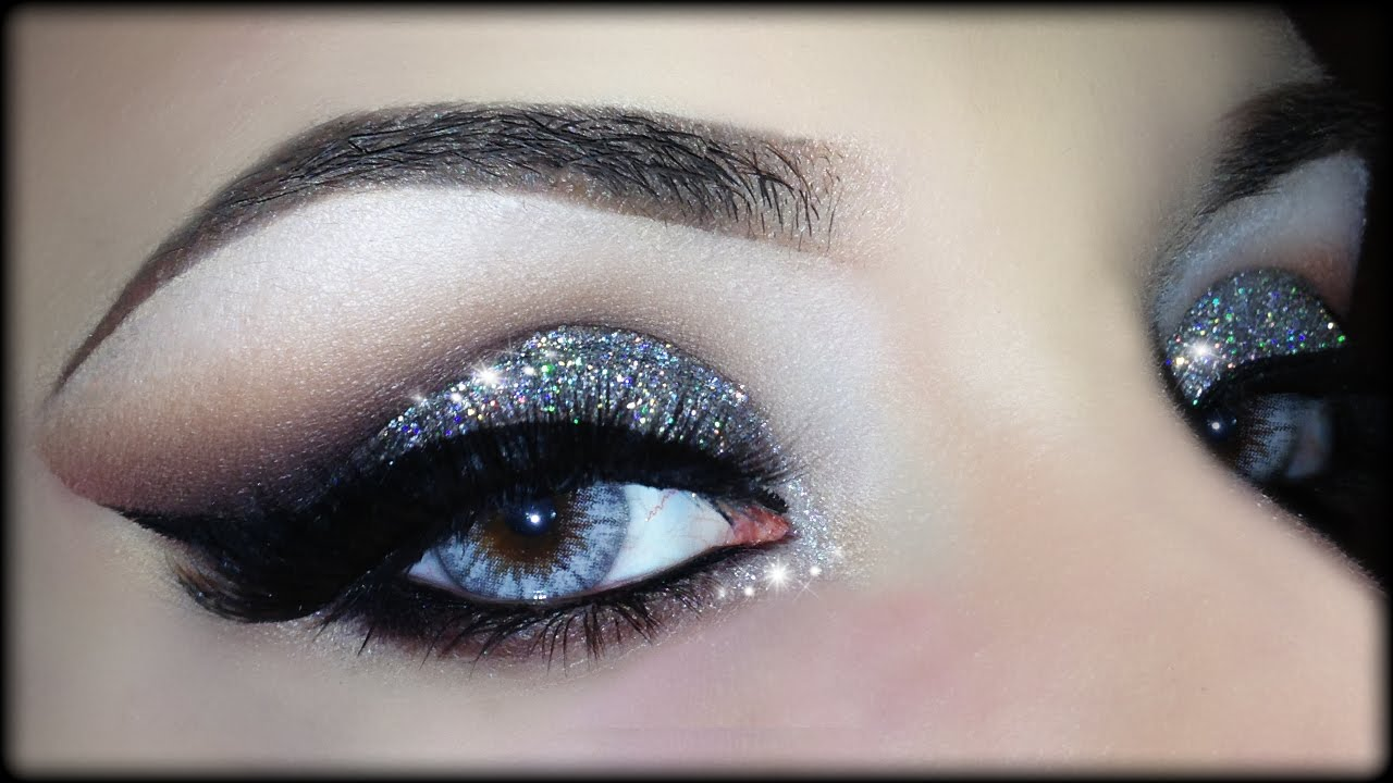 Simple And Elegant Bridal Makeup : Sexy Christmas Cut Crease - 3D Silver Glitter Elegant ...
