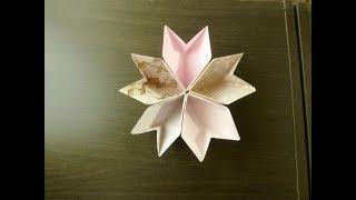 bunga sakura kapal. Origami. Seni melipat kertas.