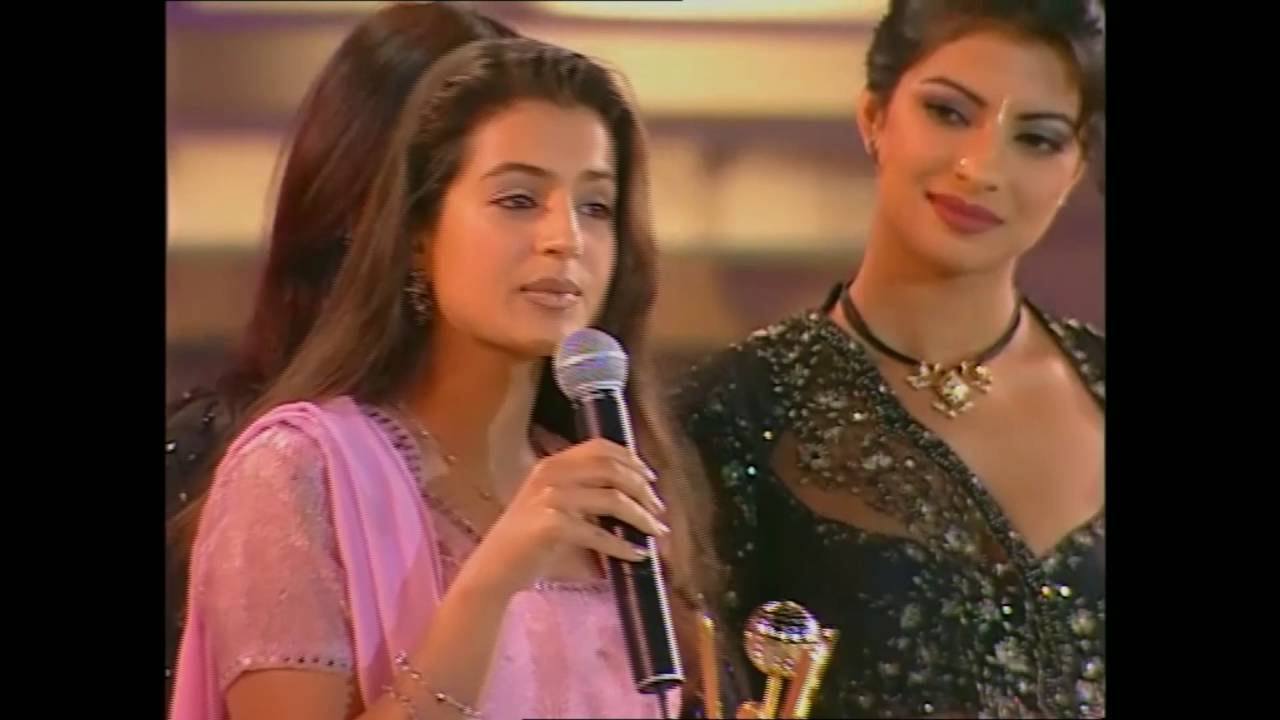 Zee Cine Awards 2001 Best Debut Female Amisha Patel - Youtube-6741