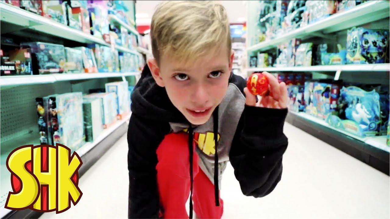 Noah's Bakugan Brawl in Target! | SuperHeroKids