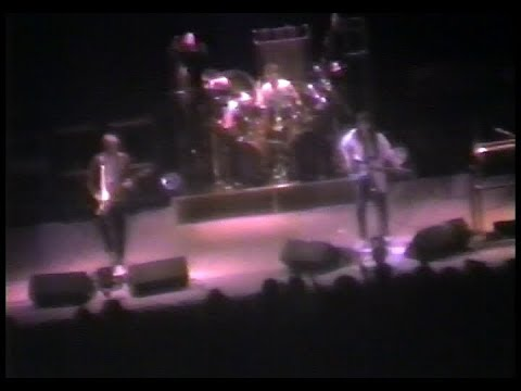 RUSH - Live at the Montreal Forum 1st night (360p) - 1983/04/08 - Signals Tour