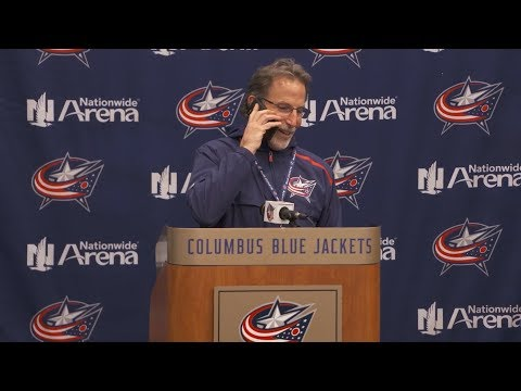 Tortorella pauses press conference to answer call from reporter's mom